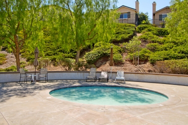 33510-cedar-creek-lake-elsinore-ca-92532-canyon-hills-association-pool