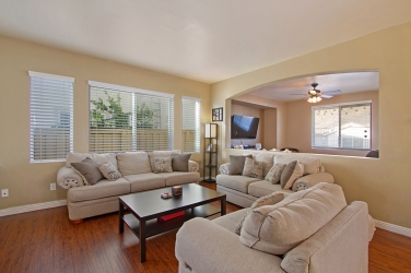 33510-cedar-creek-lake-elsinore-ca-92532-formal-family-living-room